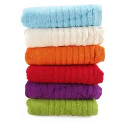 BAMBUSOVÝ uterák s výšivkou